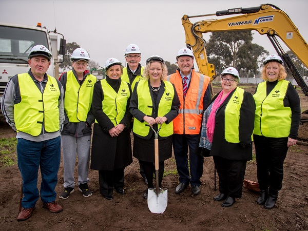 webBHN Sod Turning Small 15